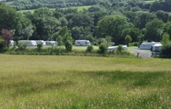 glamping-wales-river-view-kids-field-s