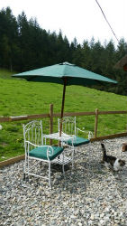 glamping-wales-tyn-y-fron-shepherds-hut-outside-table-s