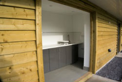 glamping-derbyshire-calwich-under-canvas-washing-up-area