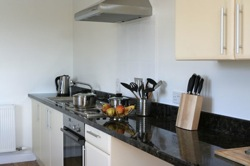 glamping-dorset-caalm-camp-kitchen-s