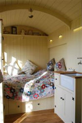 glamping-sussex-near-brighton-elsies-hut-internal-p
