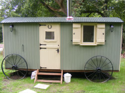 glamping-sussex-near-brighton-waydown-huts-the-hut