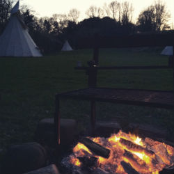 glamping-wales-camp-cynrig-camp-fire-s