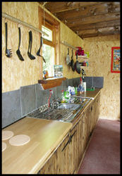 glamping-wales-camp-cynrig-kitchen-s