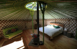glamping-wales-redwood-valley-yurts-interior-s