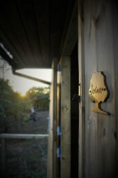 glamping-devon-oak-tree-lane-yurt-door