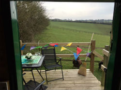 glamping-dorset-higher-manor-farm-holidays-shepherds-hut-deck-s