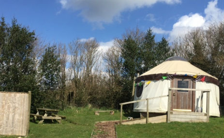 glamping-dorset-higher-manor-farm-holidays-skylark