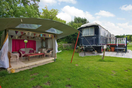 glamping-somerset-gypsy-wagon-tent-and-mollycroft