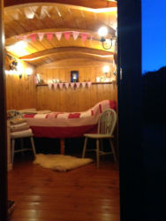 glamping-sussex-bulls-head-shepherds-hut-interior-s