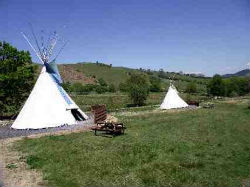 glamping-wales-cledan-valley-small-1