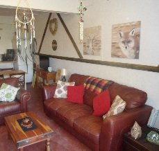 glamping-wales-llwyn-onn-glamping-site-sofa