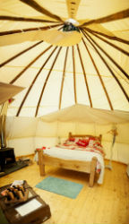 glamping-wales-with-hot-tub-tipi-corner-bedroom-s