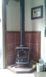 glamping-worcestershire-broad-oak-trout-lake-shepherds-hut-woodburner-s
