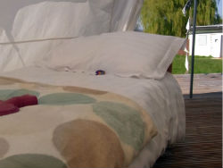 glamping-herefordshire-bell-tent-kids-bed-s