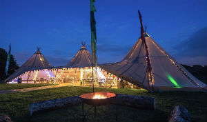 glamping-kent-wood-view-farm-wedding-tipi-s