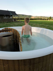 glamping-somerset-with-hot-tub-middle-stone-farm-hot-tub