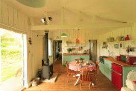 glamping-somerset-with-hot-tub-middle-stone-farm-kitchen