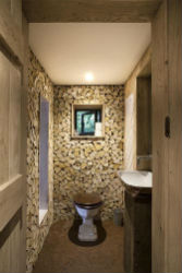 glamping-dorset-with-hot-tub-craft-camping-treehouse-wc-sp