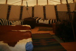 glamping-wales-larkhill-the-tipi-interior