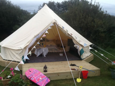 glamping-cornwall-little-trethvas-holidays-bell-tent