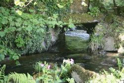 glamping-cornwall-lizard-peninsula-little-trethvas-stream