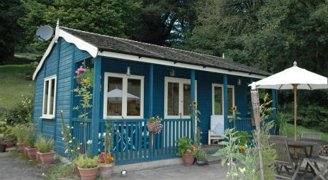 LITTLE CEDARS PAVILION Glamping Wales