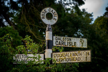 glamping-cumbria-and-the-edge-of-the-lake-district-the-sign-s