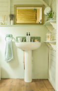 glamping-devon-longlands-lodges-bathroom-basin-s