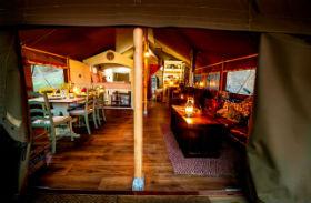 glamping-devon-longlands-lodges-interior-1
