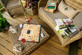 glamping-devon-longlands-lodges-safari-tent-games-