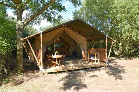 glamping-norfolk-the-brickyard-safari-tent-s