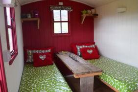 glamping-scotland-eco-camp-glenshee-shepherds-hut-beds-s
