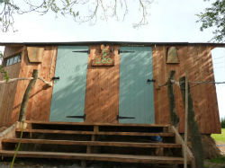glamping-wales-with-hot-tub-ceridwen-centre-facilities