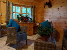 Glamping-Suffolk-West-Stow-Cabin-Christmas-2