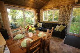 glamping-cumbria-with-hot-tub-wallace-farm-trrehouse-cabin-interior-s