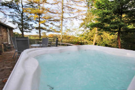 glamping-cumbria-with-hot-tub-wallace-lane-hot-tub-s