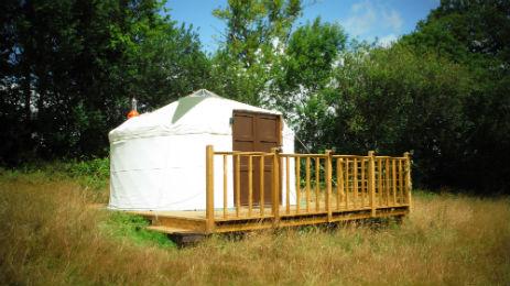 glamping-devon-woodland-fun-yurt