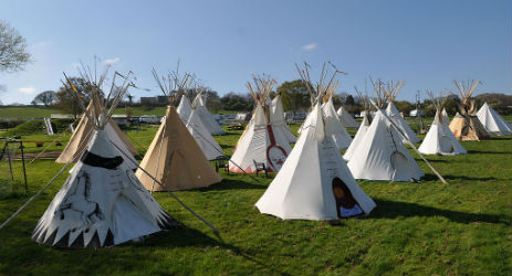 glamping-isle-of-wight-eves-tipi-hire-the tipi-field