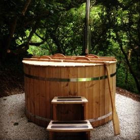 Glamping Cornwall Near Padstow With Hot Tub