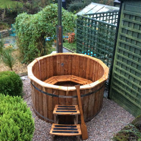 glamping-cornwall-with-hot-tub-lowarth-wood-fired-s
