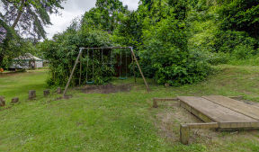 glamping-devon-yurt-camp-play-area