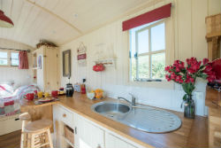 glamping-in-luxury-hepherds-huts-with-classic-glamping-shepherds-bliss-interior