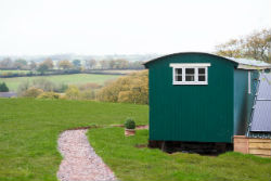 glamping-in-luxury-shepherds-huts-devon-with-classic-glamping-super-sky