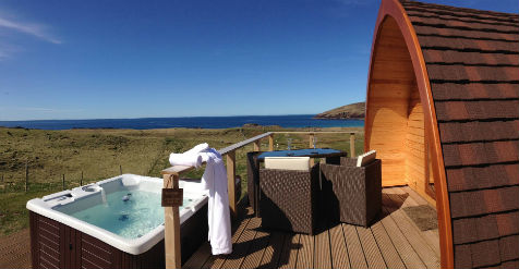 glamping-scotland-with-hot-tub-little-abodes