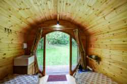 glamping-the-cotswolds-upcote-farm-ladygrove-pod-s