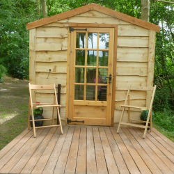 glamping-worcestershire-grabbed-by-the-alpacas-shepherds-hut-1-s
