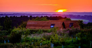 glamping-isle-of-wight-tapnell-farm-wooden-pod-sunset