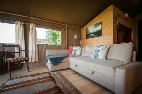 glamping-isle-of-wight-toms-eco-lodge-safari-tent-living-s