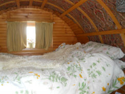 glamping-lake-district-with-hot-tub-drybeck-farm-gypsy-caravan-ss